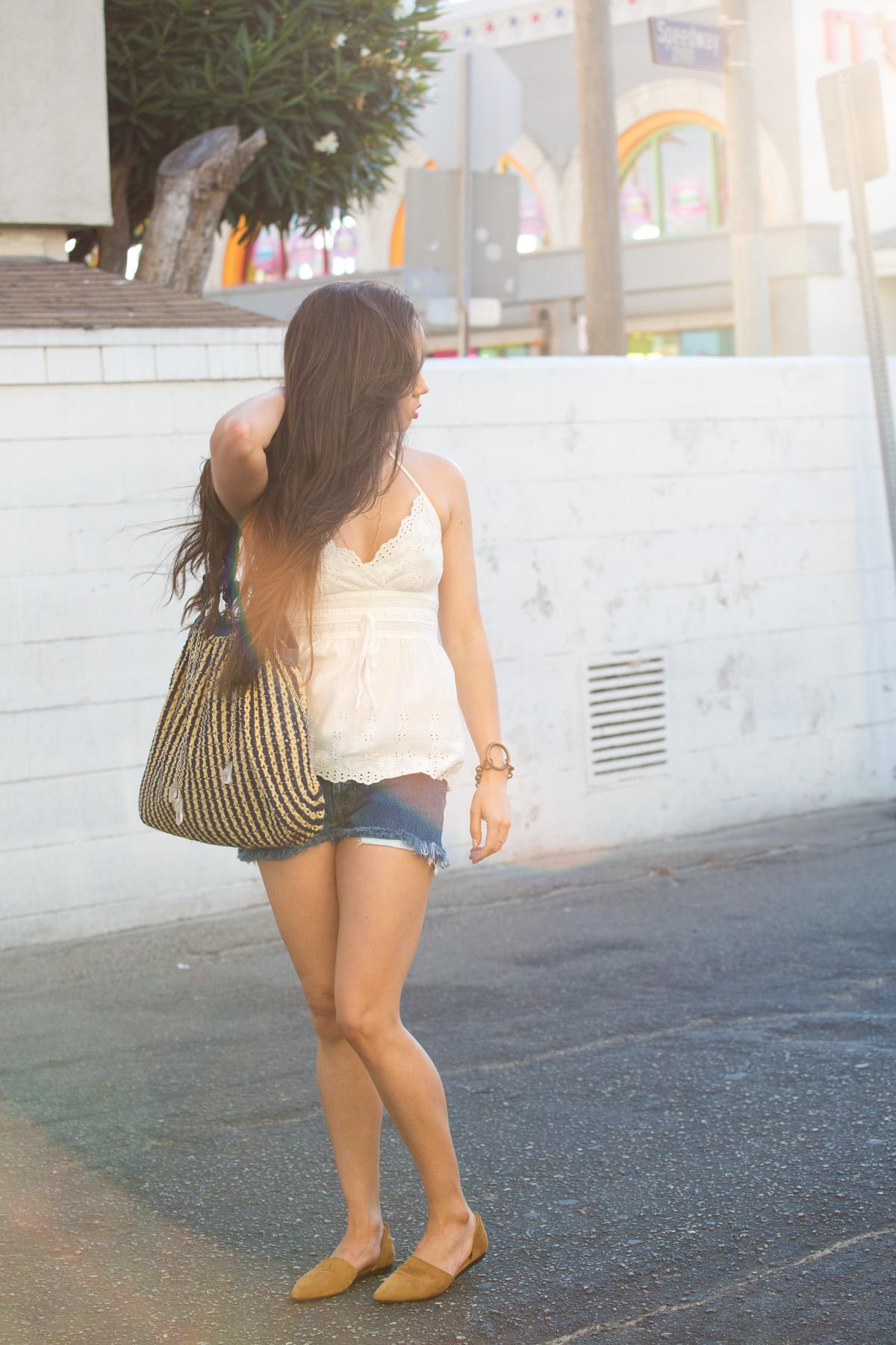 summer style, los angeles blog, fashion blog, style blog, la model, tarah smith handbag, zara top, cutoffs, jenni kayne flats, jenni kayne d'orsay, kelly wearstler bracelet, venice beach