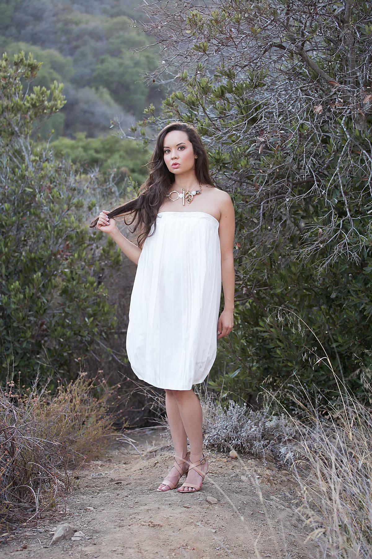 the la survival guide, los angeles fashion, fashion blog, style blog, la style, la model, jil sander dress, michael kors heels, kelly wearstler necklace, mandeville canyon