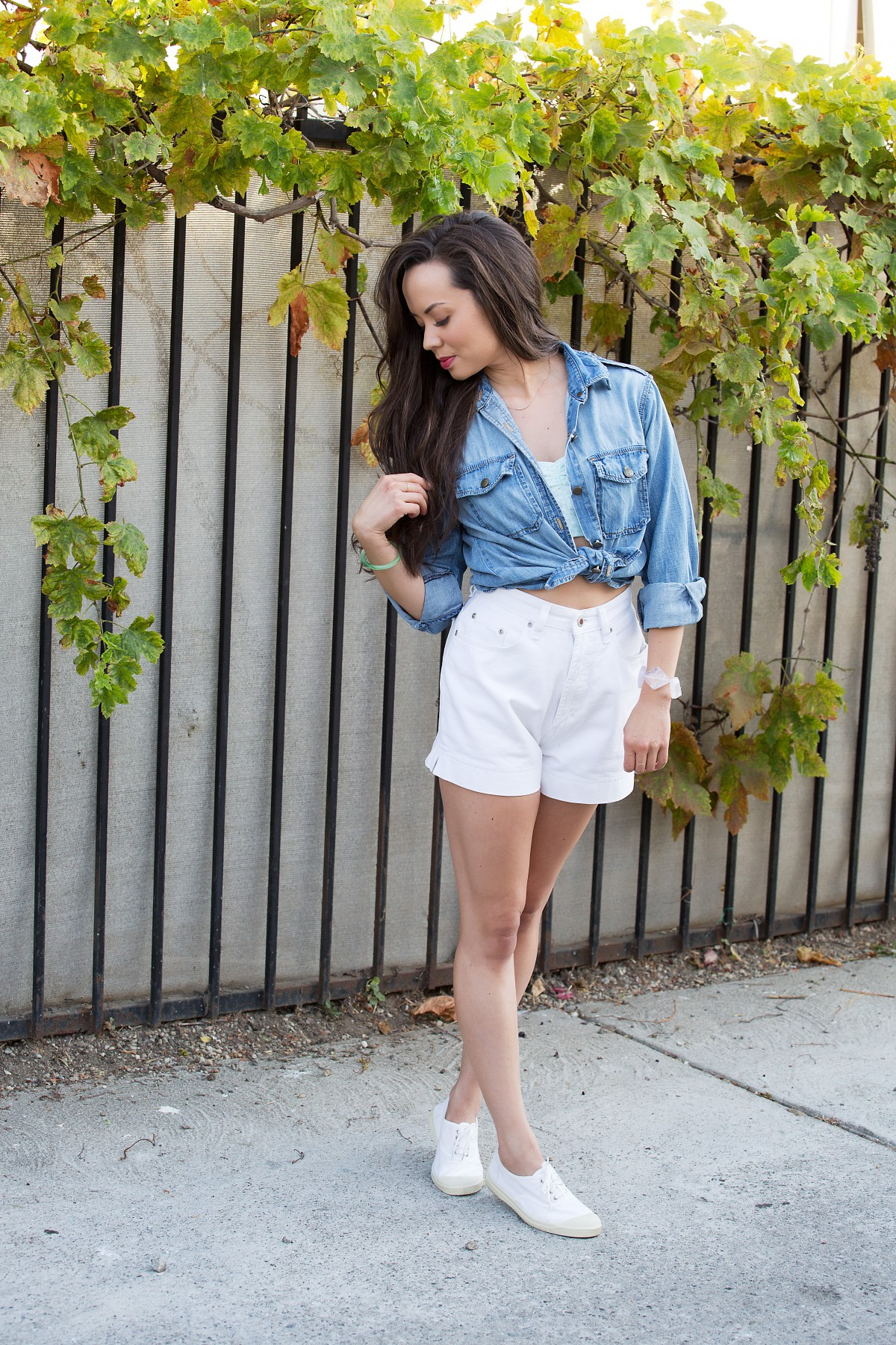la model, los angeles fashion, style blog, vintage fashion, high waist shorts, crop top