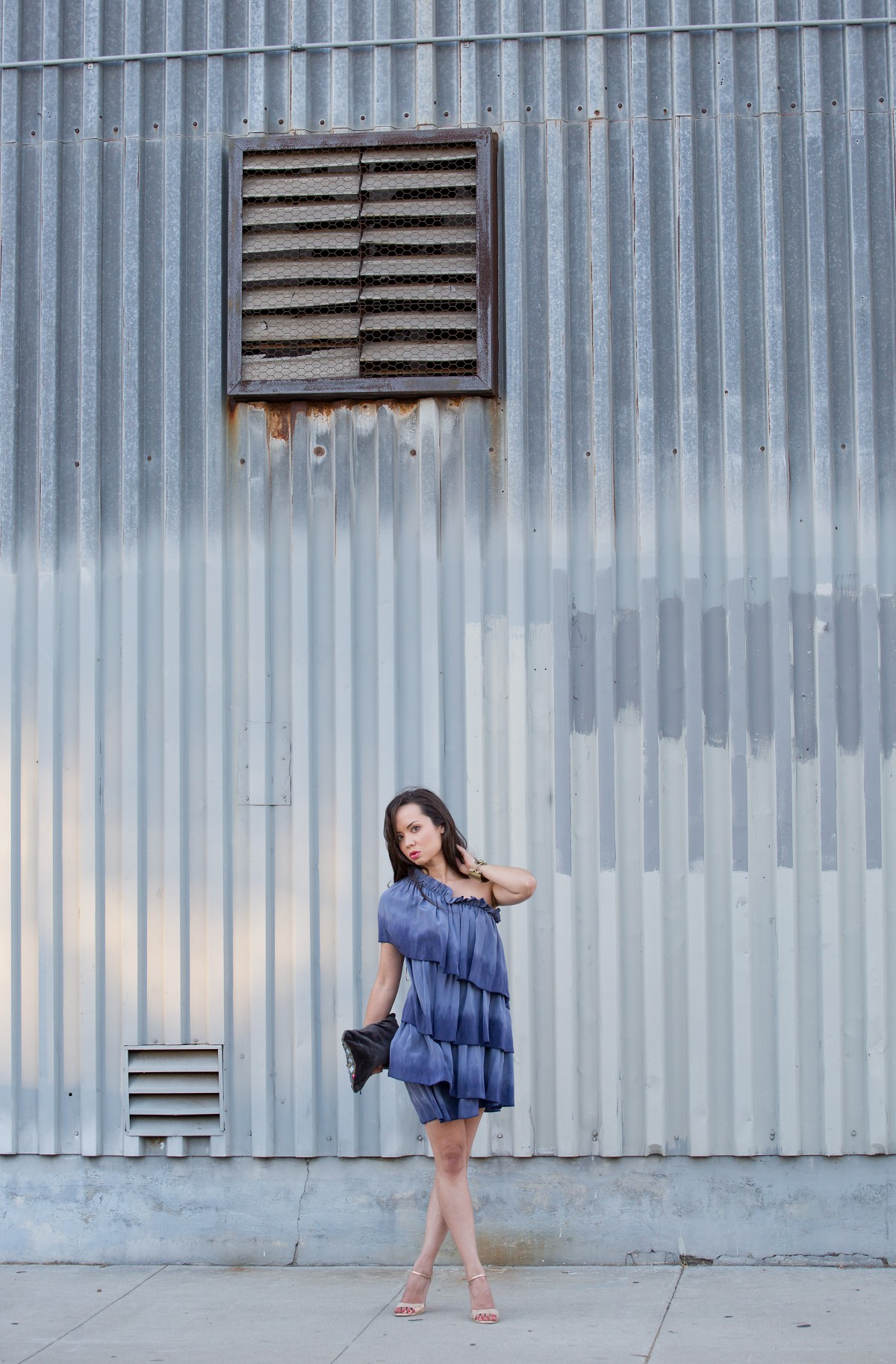 la model, kelly wearstler dress, good earth, style blog, travel blog, wanderlust, ruffle dress, kelly wearstler jewelry